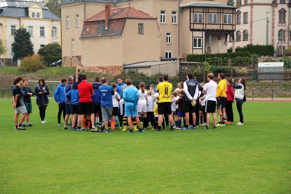 Champions-League-Sieger trainiert Nachwuchskicker beim TSV Dittersbach e. V.