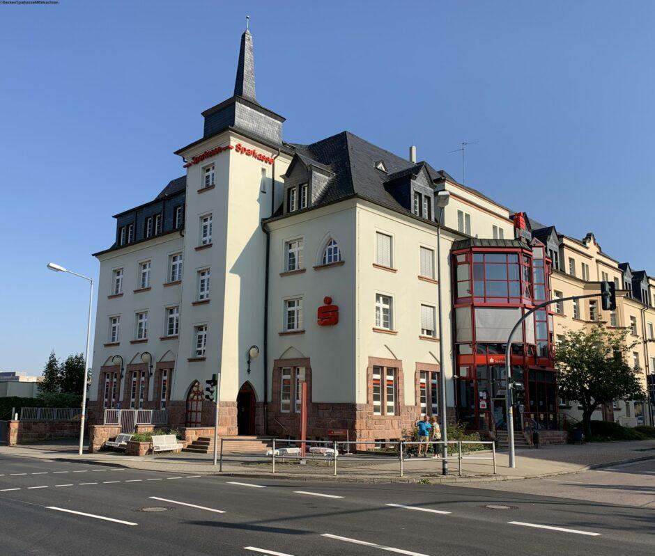 Filiale Rochlitz – Wir begrüßen Sie in unseren neu gestalteten Räumen.