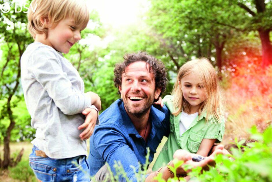 Raus in die Natur! Stiftung fördert Lehrpfade für Kinder.
